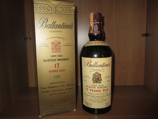 Ballantine's 17 years old bottle