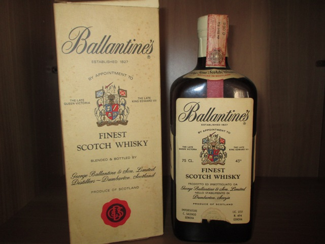 Ballantine's Old bottle